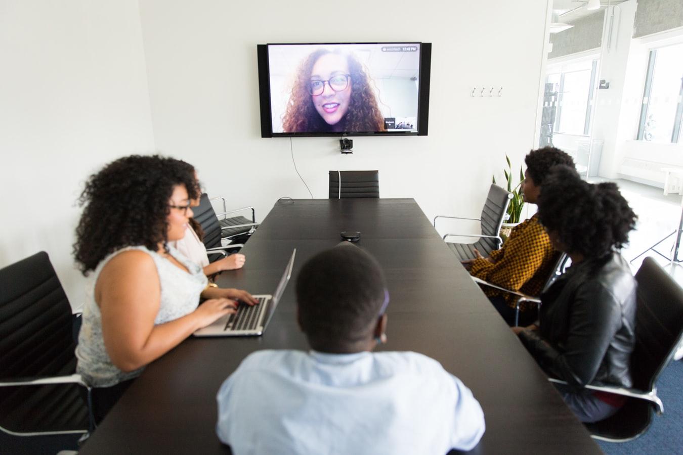 Soluciones de colaboración y videoconferencias